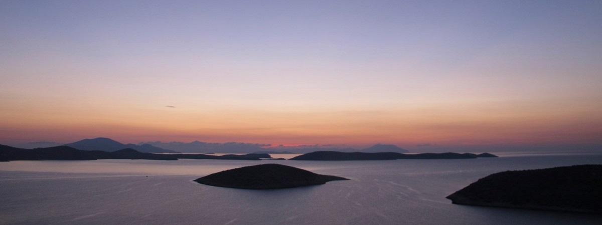 Hotel Aiolos Iraklia – Cyclades